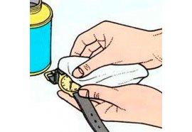 Правила чистки ремешков и полировки защитного стекла наручных часов